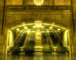 Grand Central escalator by spudart