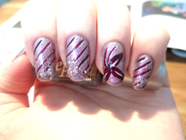 Purple striped nails by NnNiLe
