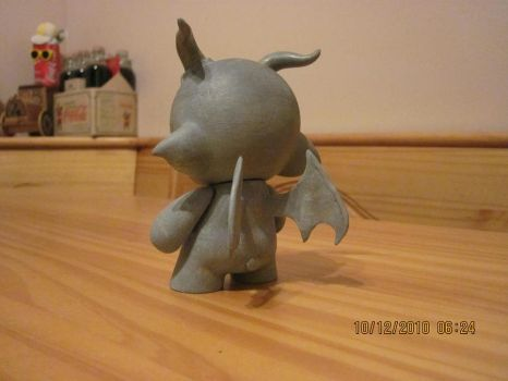 mini munny gargoyle back view by edstuff