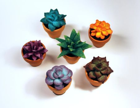 Mini Felt Succulents by Madelei