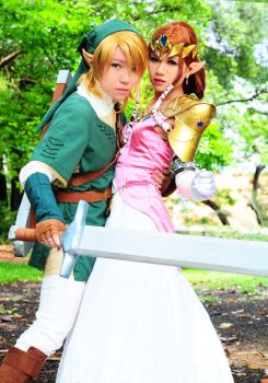 Protecting my Princess.. by yuanie