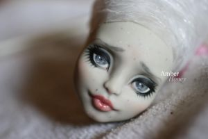 Rochelle Goyle repaint by Amber-Honey