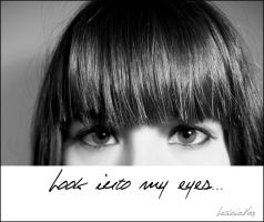 Look into my eyes by LeticiaVazZ