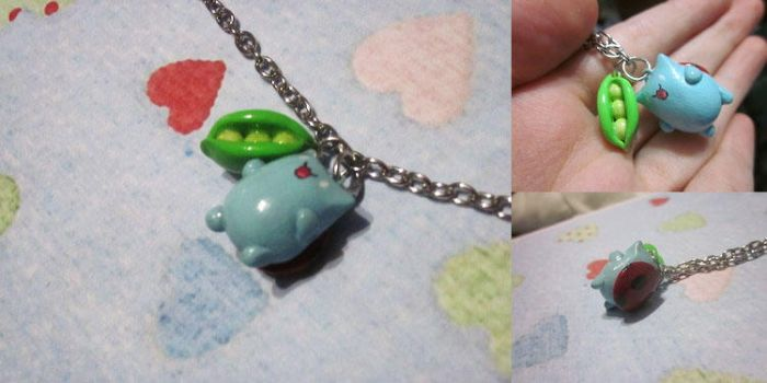 Catbug and Sugar Pea Necklace by gembutterfly
