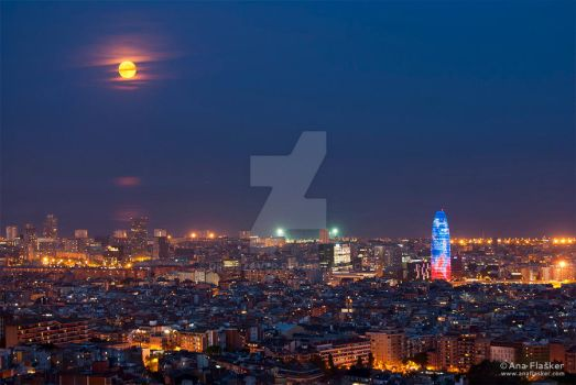Barcelona at night by Dinozzaver