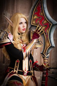 Red and Gold - Paladin - World of Warcraft by KamuiCosplay