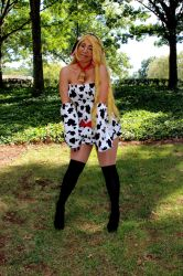 MooMoo Cosplay with AllieCat  by Cliffather