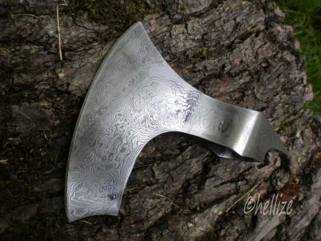 Axe by hellize