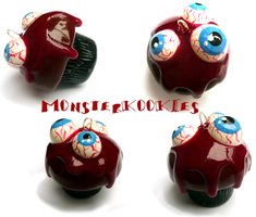 Eyeballs and Blood Cupcake by monsterkookies