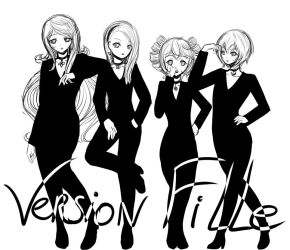 Version Fille - Black and White 01 by Daheji