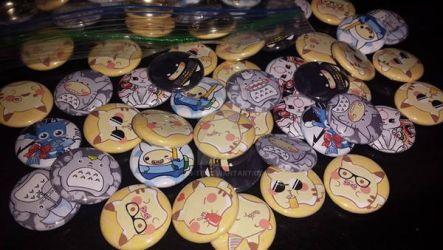 Pikachu Buttons (And others) by Rin-Te