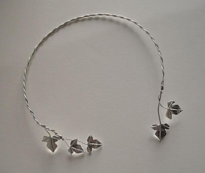 Ivy Leaf Neck Torc by camias
