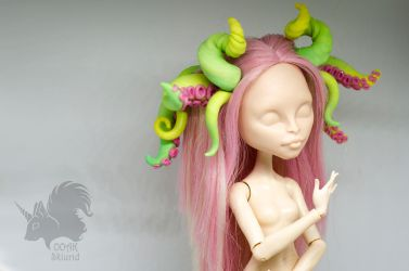 Pink and Green Tentacles for OOAK dolls by Skiurid
