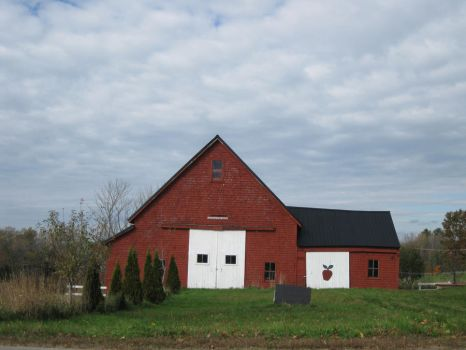 the ole red barn by pirateladyinmaine
