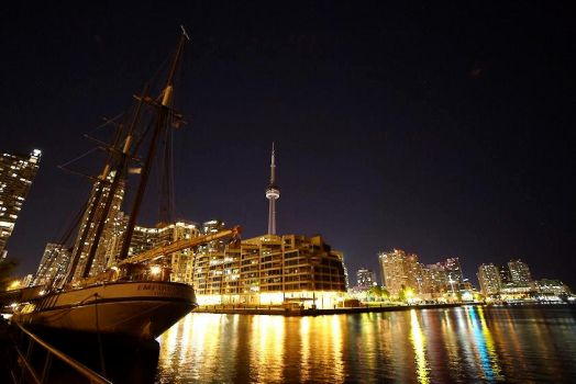Toronto Harbour - 01 by musicandmotion