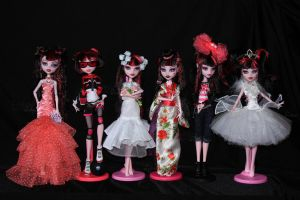 Customized Monster High Draculauras by Dollinator