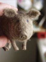 pig, needle-felted by vriad-lee