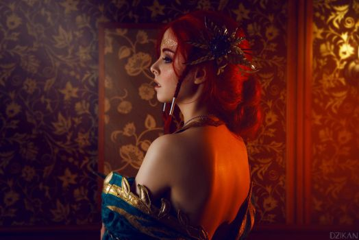 The Witcher 3 - Triss Merigold cosplay by Disharmonica
