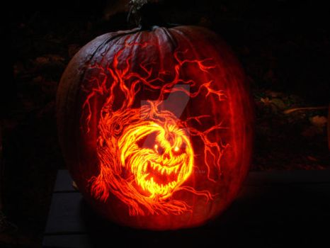 Pumpkin carving by volcanic-glass