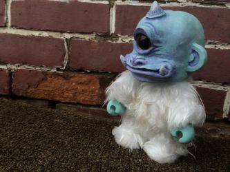 Qee Custom Cyclops Yeti by 600poundgorilla