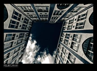 Looking Up Again by FelixTo