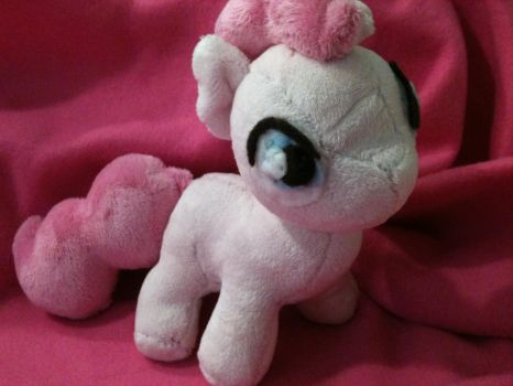 Filly Pinkie Pie - First Plushie! by candyponi