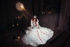 TRINITY BLOOD: Queen by MiraMarta