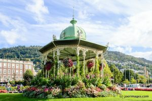 Bandstand by joerimages