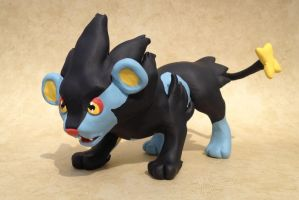Luxray Sculpture by LeiliaClay
