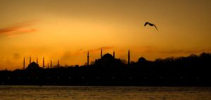 Istanbul by fasafisoman