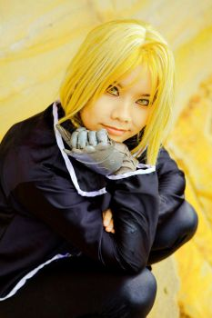 FMA - Gold hair and eyes by Miyukiko