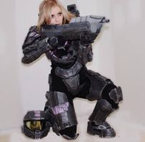 Halo Spartan Female Cosplay by kitnipz