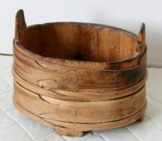 Wooden container by RandomResources
