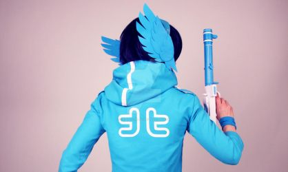 Twitter Cosplay - The blue bird appears! by CrisisCosplay