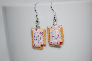 Strawberry Poptart Polymer Clay Earrings by puddingfishcakes