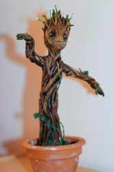 Baby Groot by mneferta