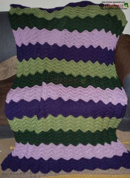 Crochet Blanket 2 out of 3 - For Jaydoggy by nichan
