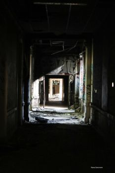 Love Urbex by NanaSansnom