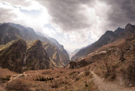 Tiger Leaping Gorge by Tenbult