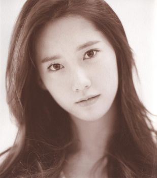 Yoona from SNSD by SungminLee