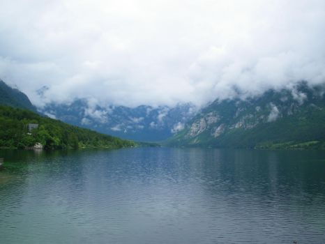Bohinj's Lake by Moriquesse