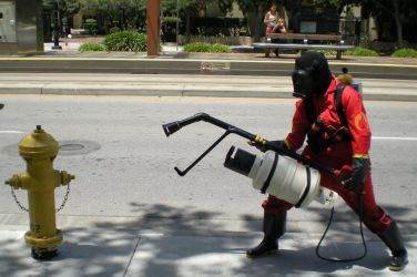 Pyro vs. Fire Hydrant: Round 1 by tehcate