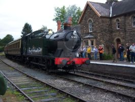 5043 on the Severn Valley by rh281285