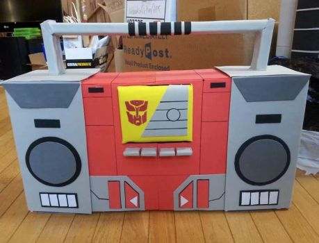 Real-size Blaster boom box by AosakiKeiko