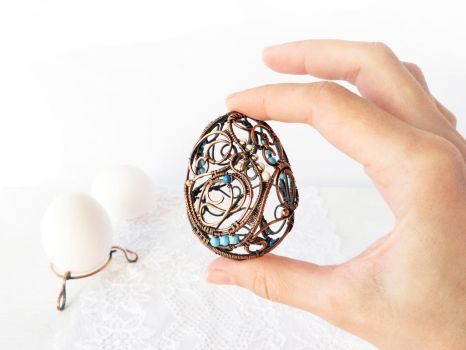 Wire Easter egg by UrsulaJewelry