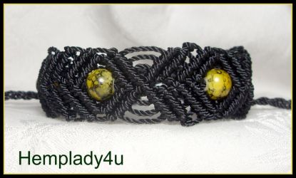 black diamond macrame bracelet by HempLady4u