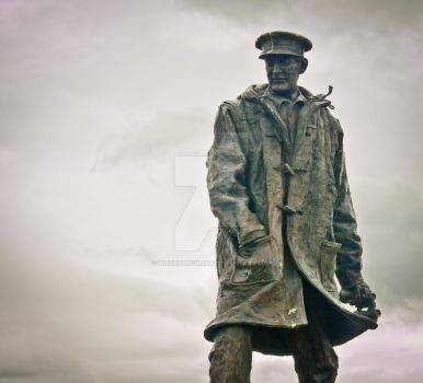 Statue of David Stirling near by BusterBrownBB
