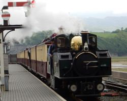 Earl's Afternoon Train Arriving at Porthmadog by rlkitterman