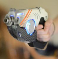 Tracer Pistol by CheesyKnight
