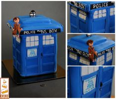 Doctor Who by Paintcakes